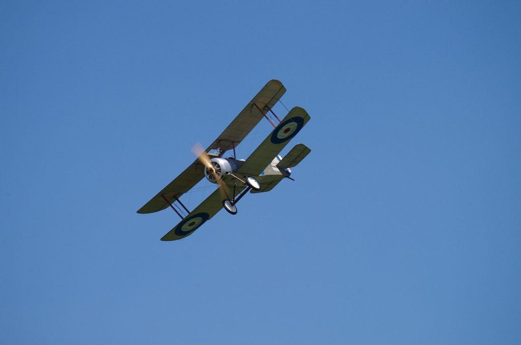 Biplano aeromodelo rc