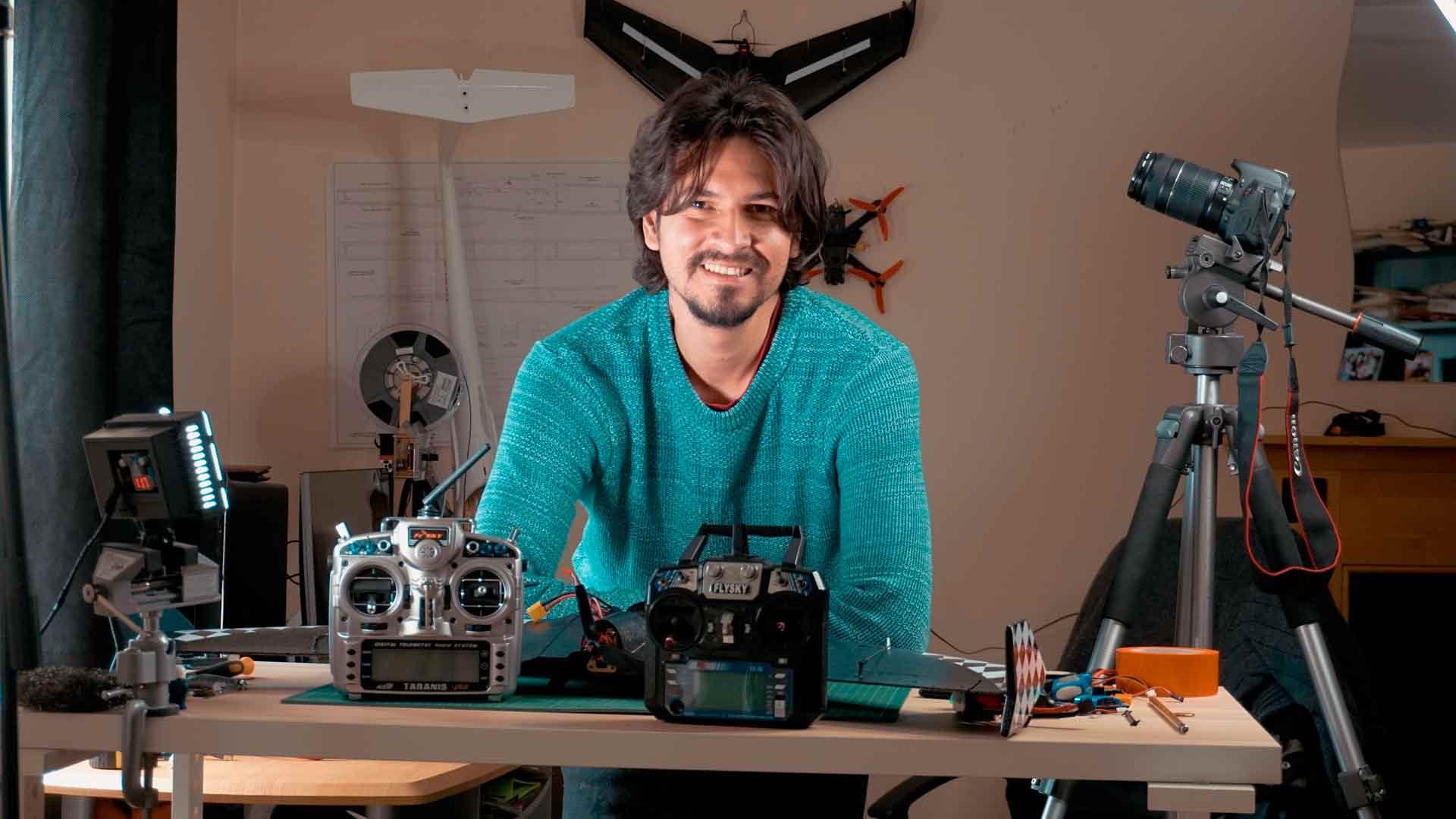 Joyplanes RC Joyvel Osorio estudio